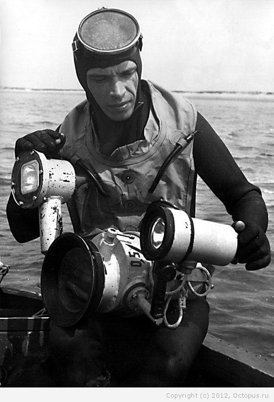 Советский спортсмен в дисциплине подводное плавание 28 фотография