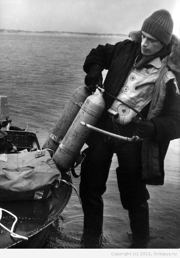 Советский спортсмен в дисциплине подводное плавание 27 фотография