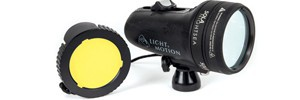 Посмотрите на подводный мир по-новому с УФ-фонарем Sola Nightsea